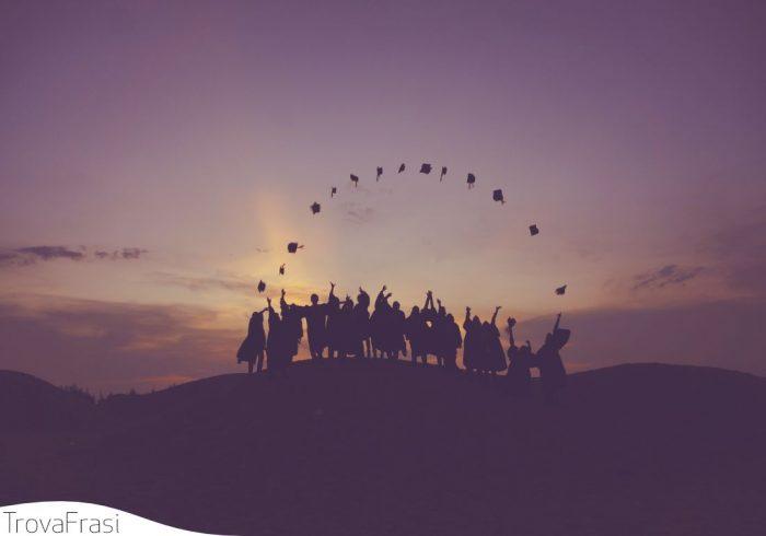 Frasi di auguri per la laurea