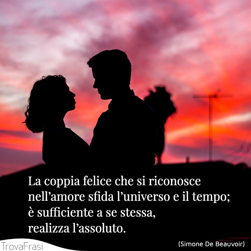 La coppia felice che si riconosce nell'amore sfida l'universo e il tempo; è sufficiente a se stessa, realizza l'assoluto.